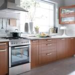 Zalety mebli kuchennych w naturalnym kolorze drewna