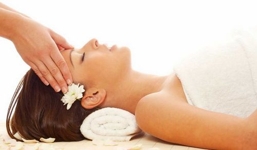 masaż skroni
