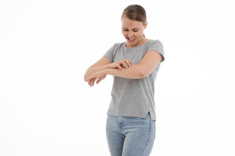 Ekoczyści specjaliści: Skuteczne i bezpieczne sprzątanie w domu alergika. Jak to zrobić, od czego zacząć, na co najbardziej zwrócić uwagę?