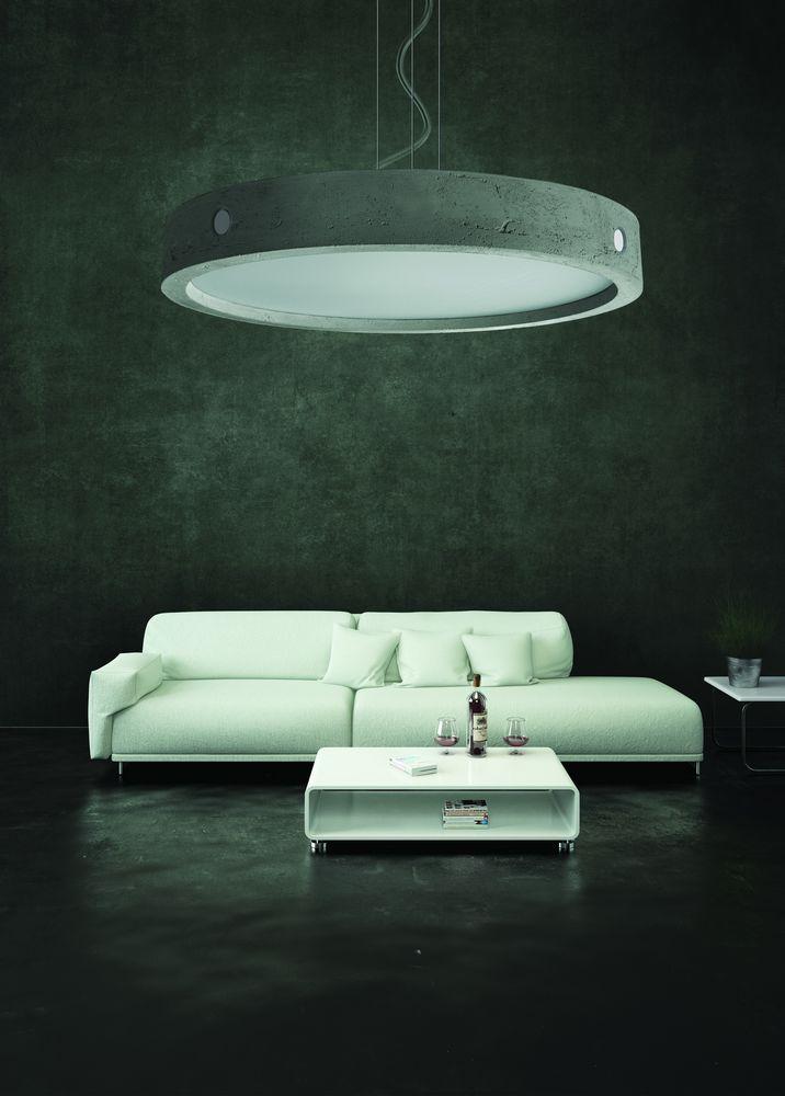 Lampy w industrialnych pomieszczeniach