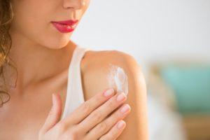 Jak ratować skórę po opalaniu?